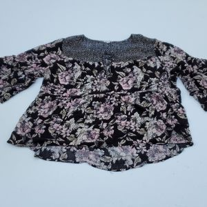26 28W CATO BLACK PINK ROSES BELL SLEEVE TOP